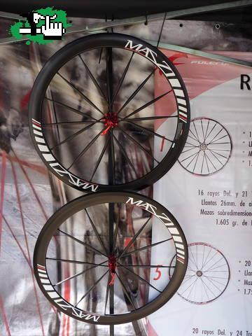 ruedas carbono tubular