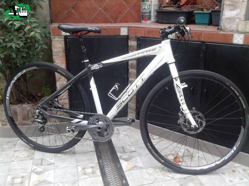 SCOTT SPORTSTER - HIBRIDA - 1X9 usada Bicicleta en Venta - BTT