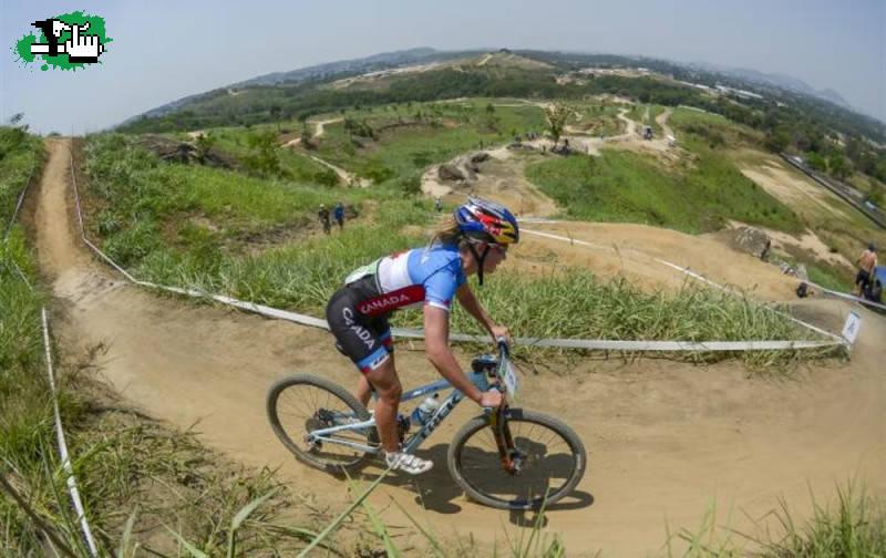 Circuito Xc : Circuito de mountain bike en rio foto